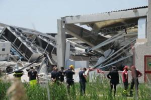 terremoto capannoni lesionati non antismici